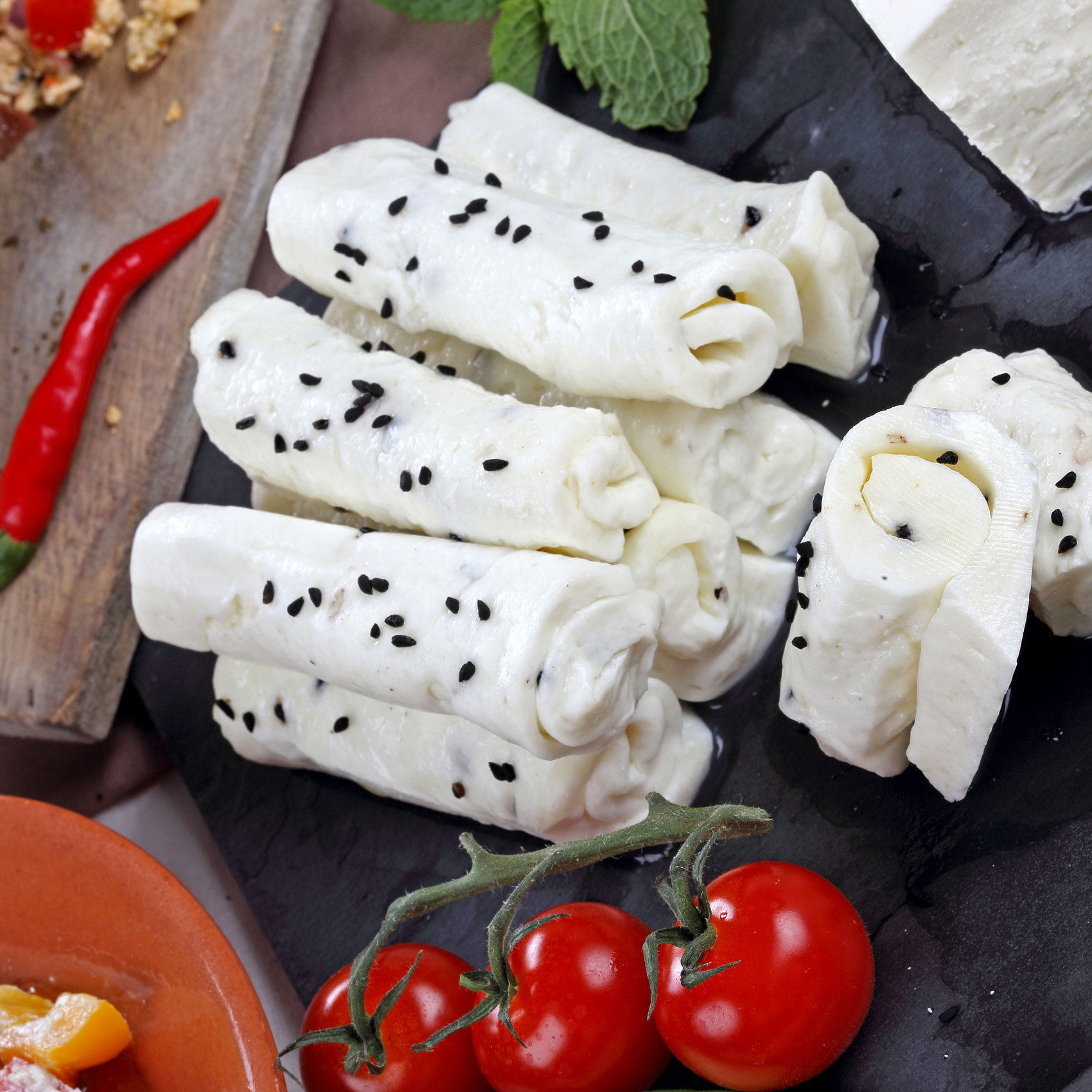 HALLOUMI ROLL CHEESE LOW FAT 2,5 KG