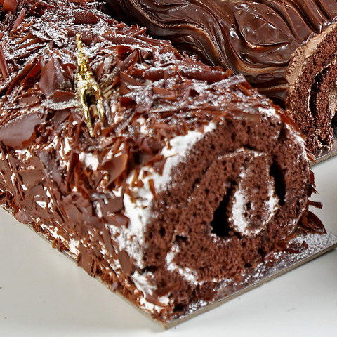 Large-Black-Forest-Yule-Log-Cake