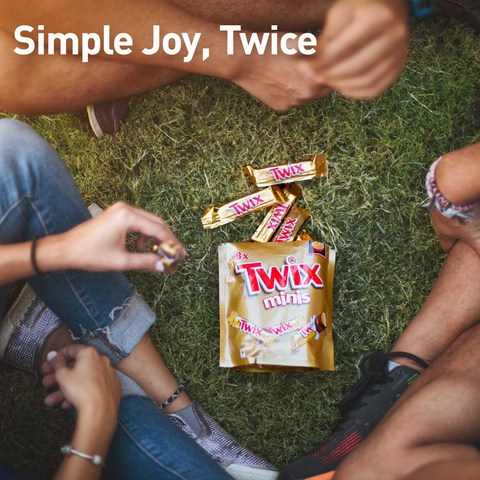 Twix®-Minis-Chocolate-Mini-Bars-Pouch-300g-(15-pcs)