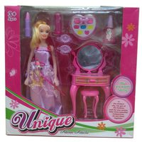 Doll with Beauty Set