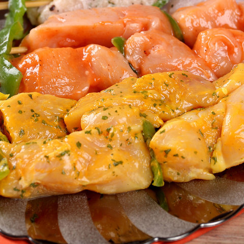 Garlic-Butter-Chicken-Skewers-300g