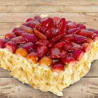 Small Strawberry Cake 6 to 8 Persons