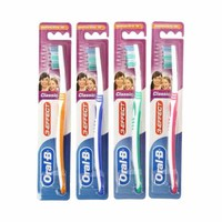 Oral-B Toothbrush Classic 40 Medium