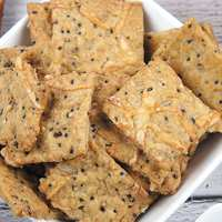 Quinoa Cheese Crackers